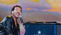 Lionel Richie tribute show at The Hibs Club